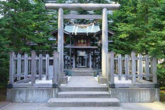 構内札幌神社 鳥居