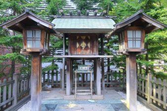 構内札幌神社