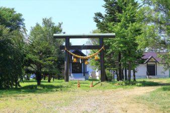 東米里八幡神社 全景