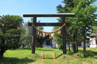 東米里八幡神社 鳥居