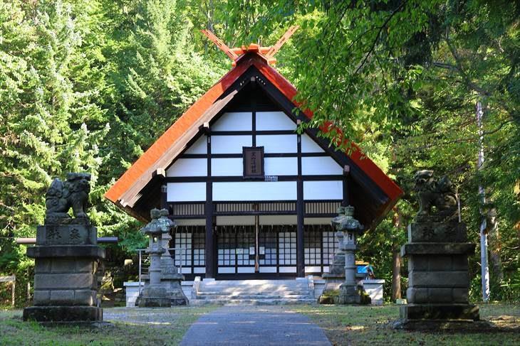 定山渓神社 本殿