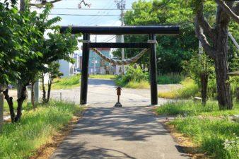 十軒神明宮 参道と鳥居