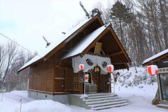 上野幌神社 本殿 冬