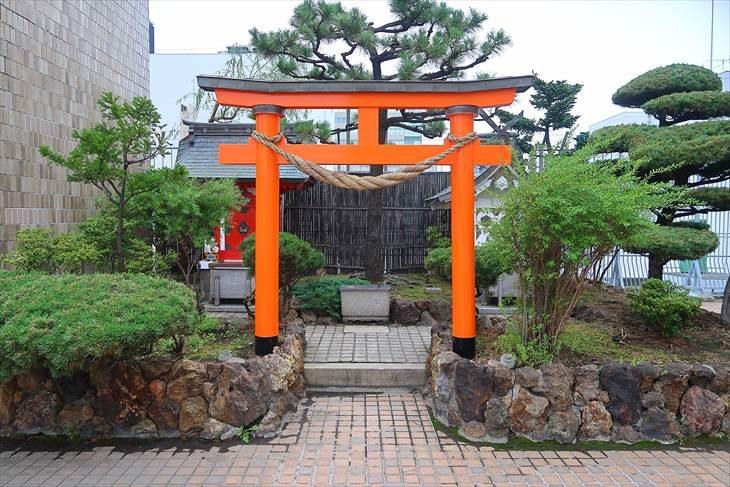 札幌 三囲神社 鳥居