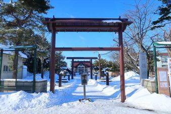 苗穂神社 入口 冬