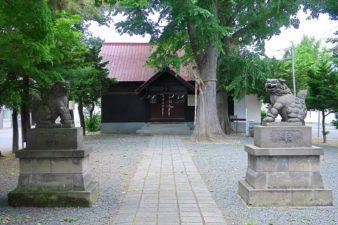 中の島神社 拝殿と狛犬様