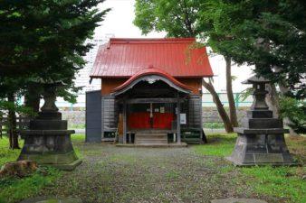 難得神社 境内と本殿