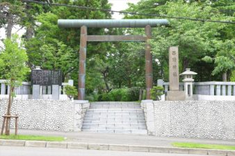 西野神社 入口と鳥居