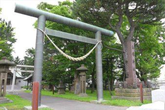 丘珠神社 入口の鳥居