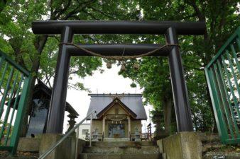 三里塚神社 鳥居