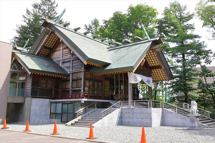 信濃神社 本殿