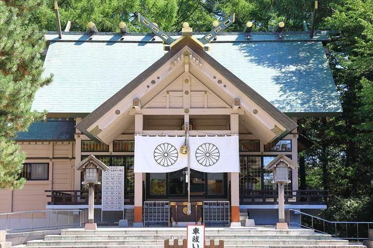 白石神社 本殿
