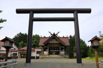 澄丘神社 第2鳥居と本殿