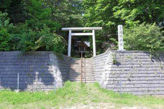 滝野神社 入口と鳥居
