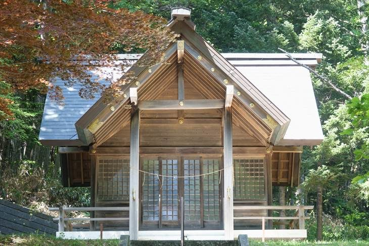 滝野神社 社殿