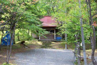 常盤神社 参道と本殿