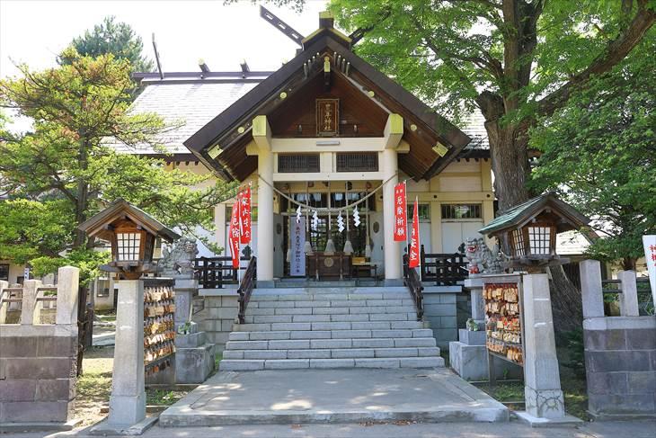 豊平神社 本殿 夏