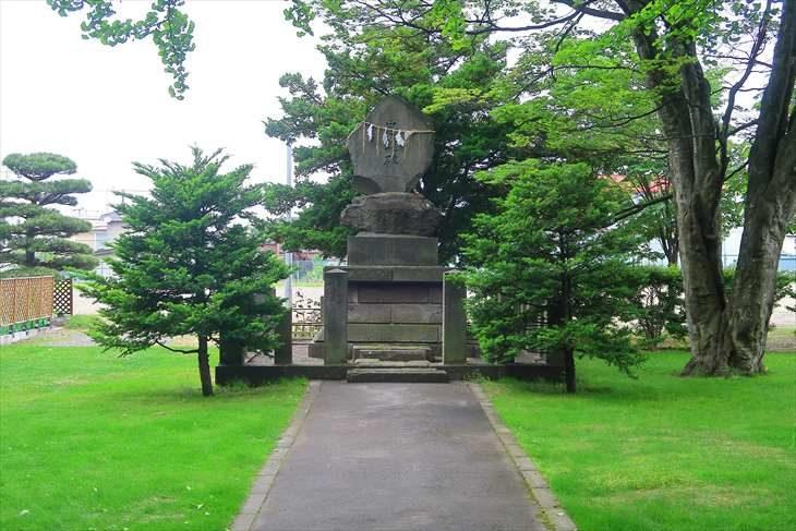 厚別神社 忠魂碑