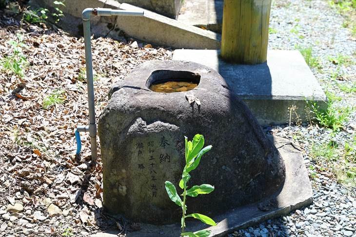 上盤渓神社の手水鉢