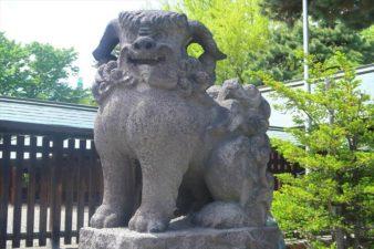 札幌護国神社の狛犬