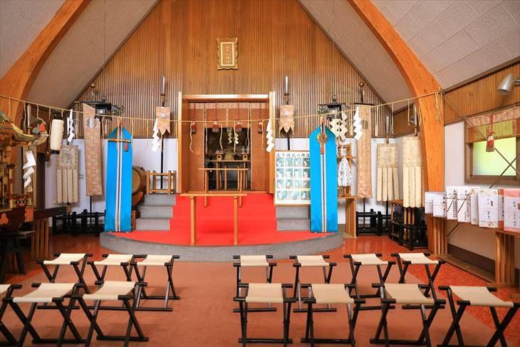 上手稲神社 拝殿の中