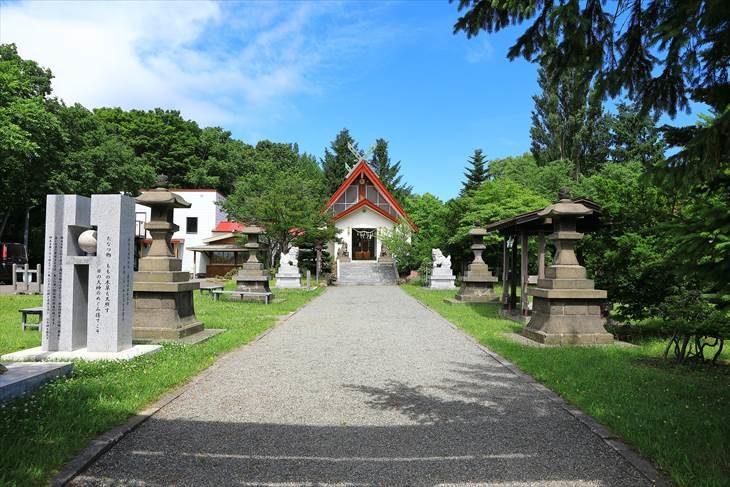 上手稲神社 参道