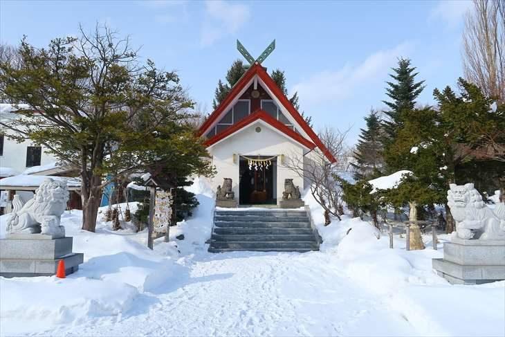 上手稲神社 社殿と狛犬様