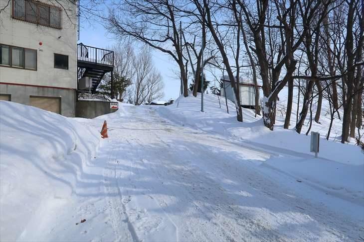 上手稲神社 冬季の裏参道