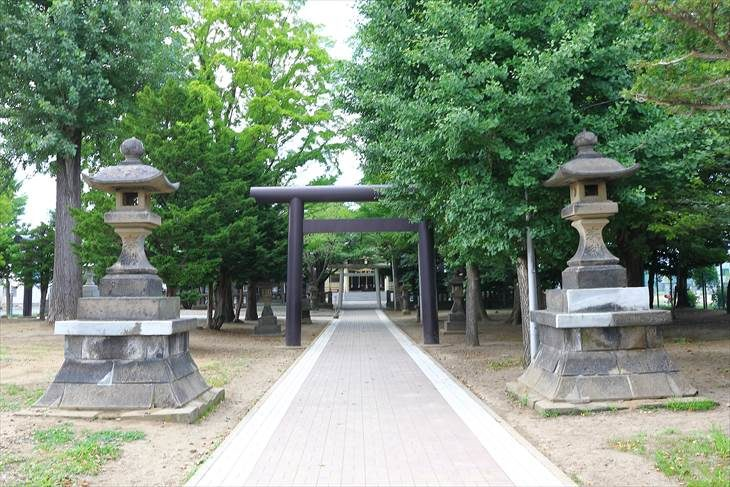 江南神社 参道