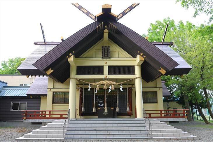 江南神社 社殿