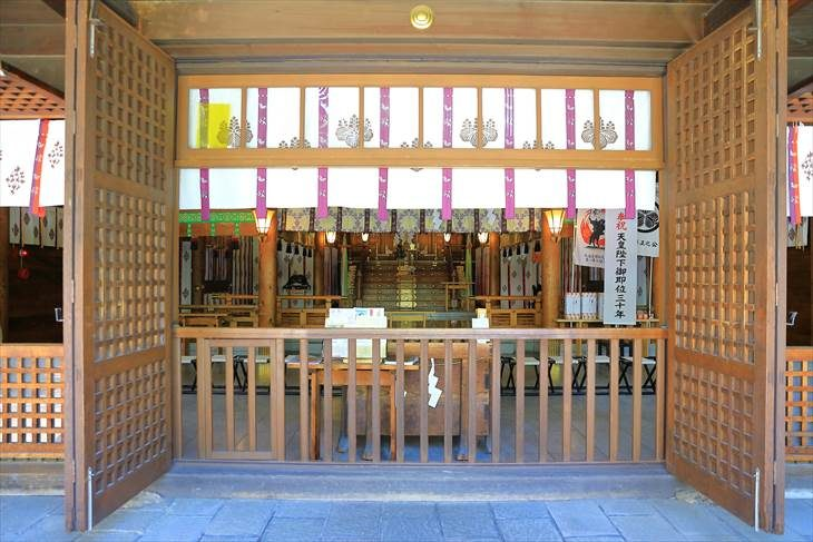 琴似神社 拝殿の中