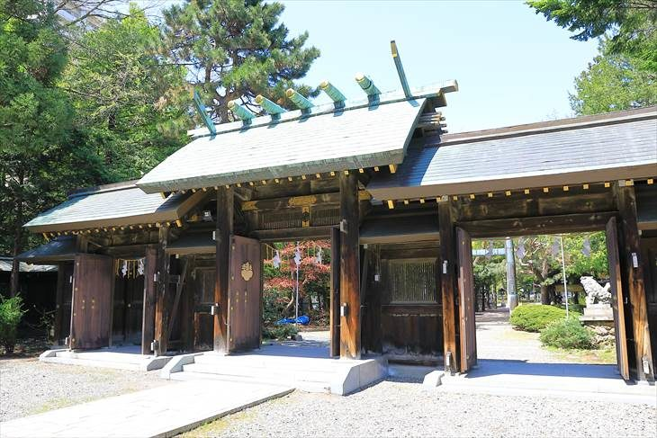 琴似神社 神門