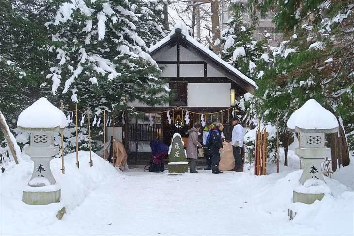 琴似神社 安全神社 冬