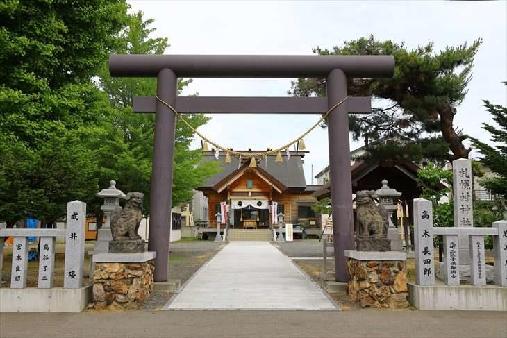 札幌村神社 鳥居(夏)