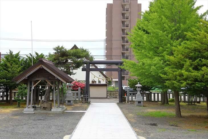 札幌村神社 境内