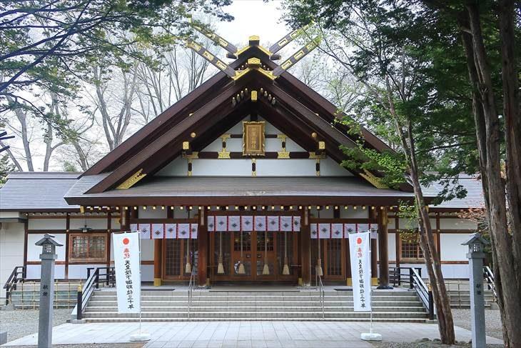 新琴似神社 社殿