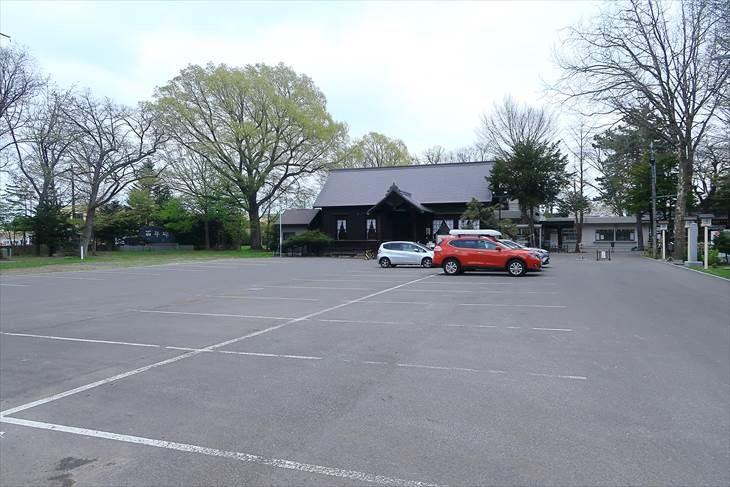 新琴似神社 駐車場