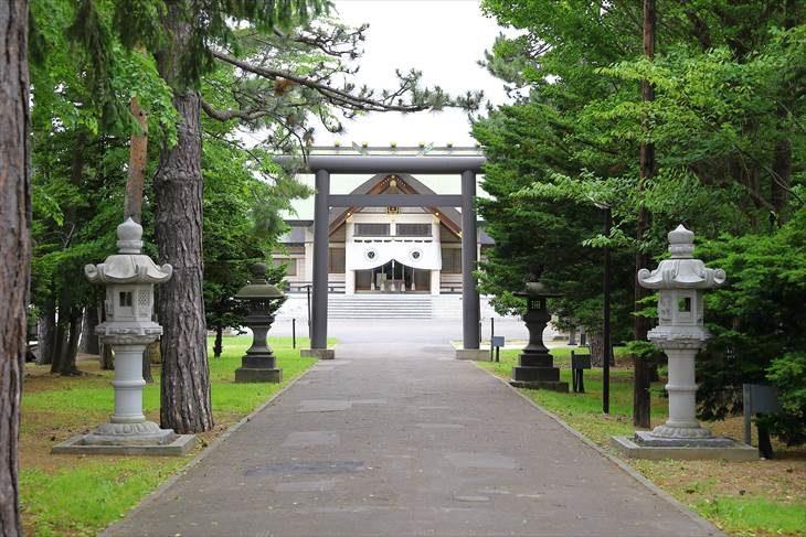 篠路神社 参道