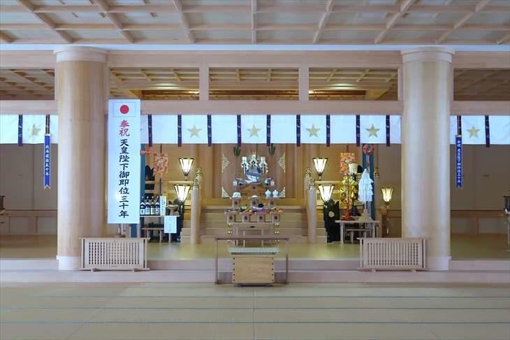 札幌祖霊神社 拝殿の中