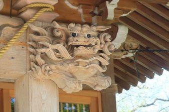 相馬神社 木彫りの阿吽像