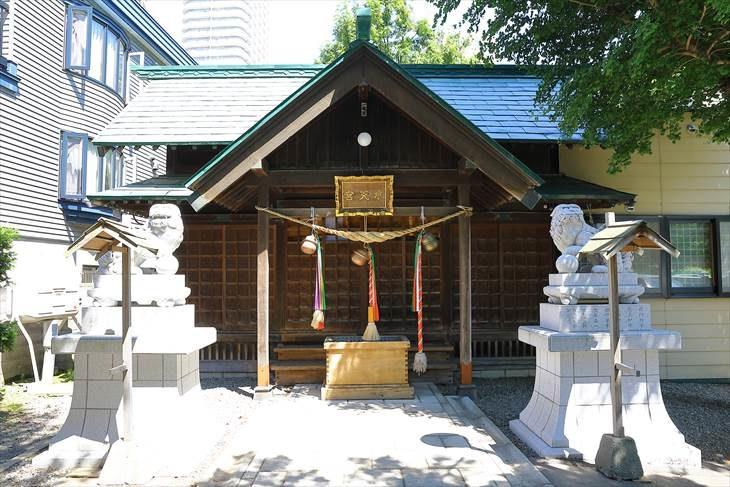 札幌水天宮 社殿と狛犬様