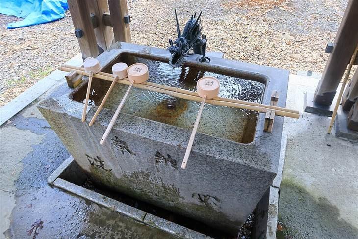 札幌諏訪神社の手水鉢