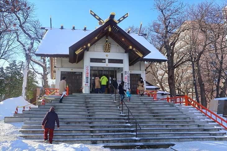 手稲神社 冬の拝殿