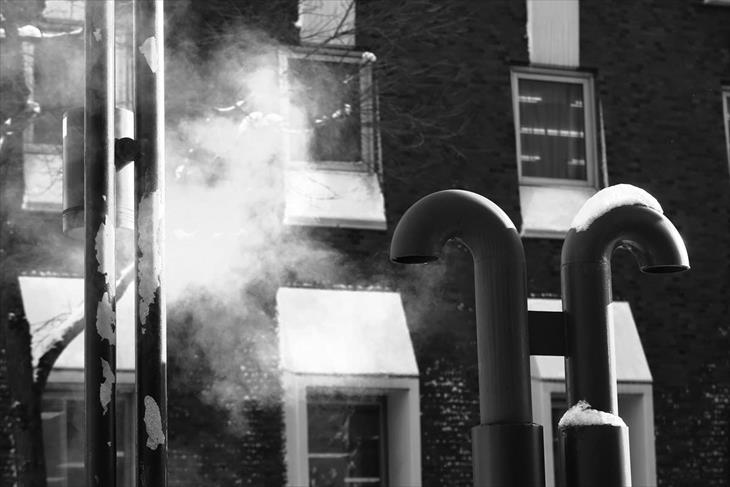 排気口の白い蒸気