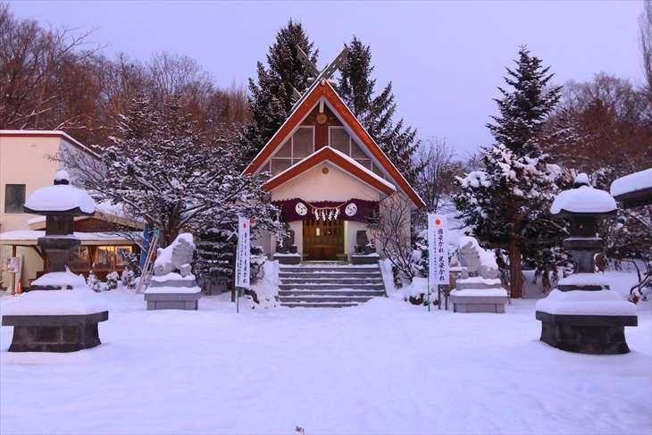 上手稲神社 拝殿