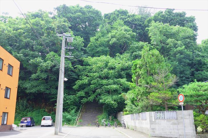 札幌伏見稲荷神社参道