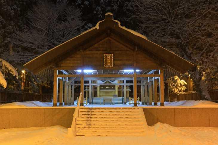 冬の夜の北海道神宮 開拓神社
