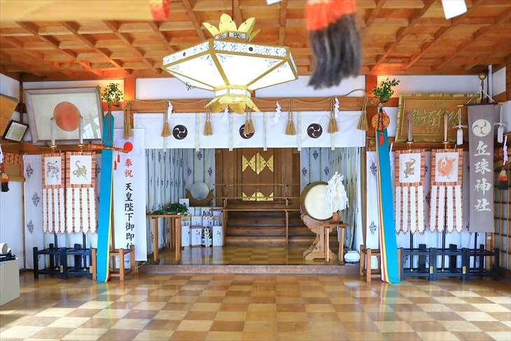 丘珠神社 拝殿
