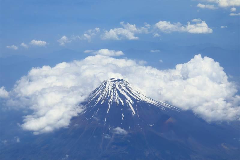 富士山を上から見たところ