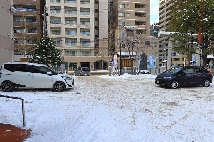 北海道神宮頓宮の駐車場